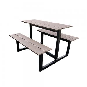 zwarte kleine picknicktafel