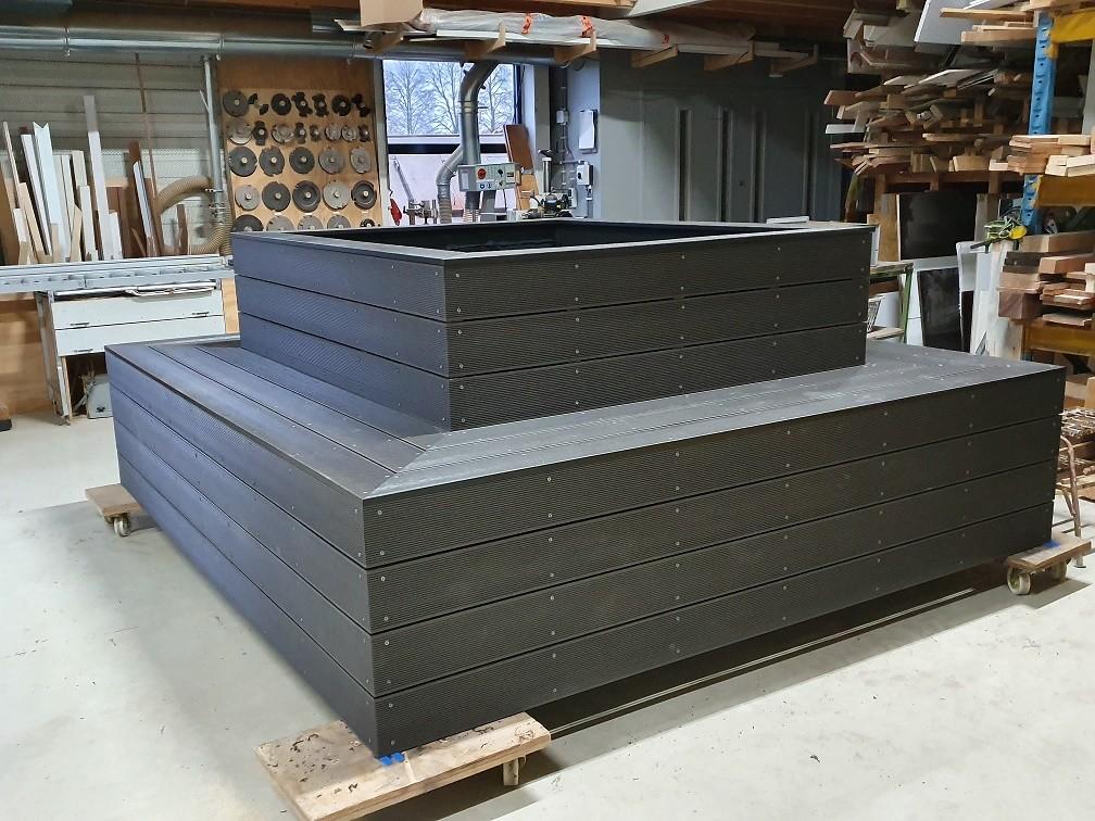 composiet planken verwerkt in schacht ombouw