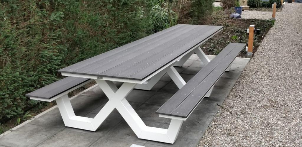 Kruispoot 4 meter picknicktafel
